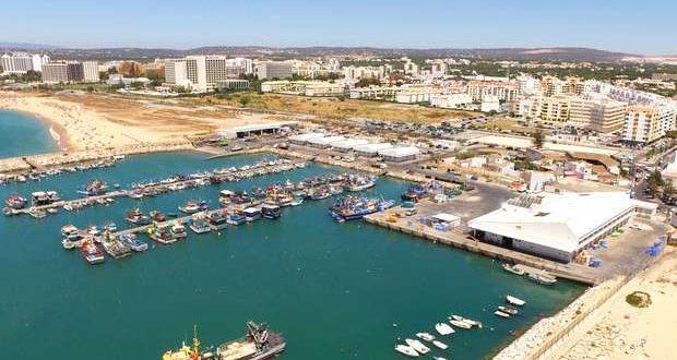 Docapesca reabilita rampa do porto de pesca de Quarteira