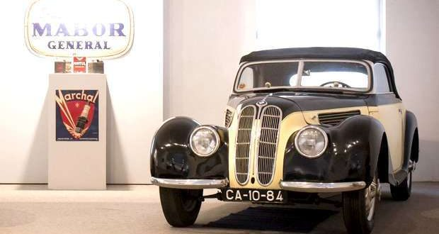 BMW 327 Cabriolet de 1938 no Museu do Caramulo