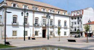 Patico expõe - Diálogos com (a) Terra - em Portimão