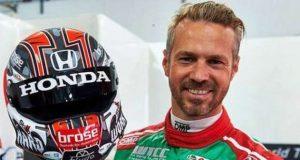 O Piloto Tiago Monteiro renovou contrato com a Honda