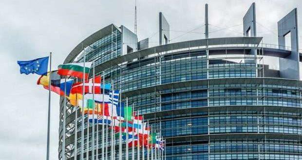 Eurodeputados defendem critérios para viagens seguras