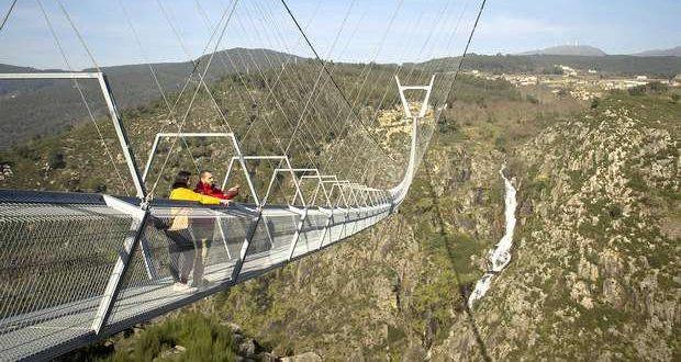 Arouca inaugura a maior Ponte Pedonal Suspensa