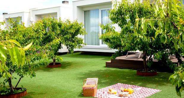 Tempo de cerejas e de natureza no Cerca Design House