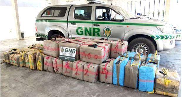 UCC da GNR apreende 1.37T. de Haxixe na Ria Formosa