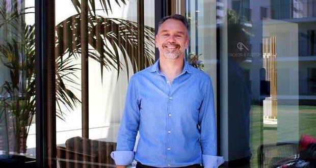 A AP Hotels & Resorts nomeou Nuno Salvador, diretor geral do mais recente hotel do grupo, o AP Cabanas Beach & Nature, em Cabanas de Tavira.