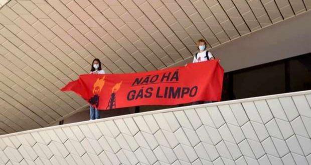 Protesto da Climáximo denuncia a hipocrisia da EDP