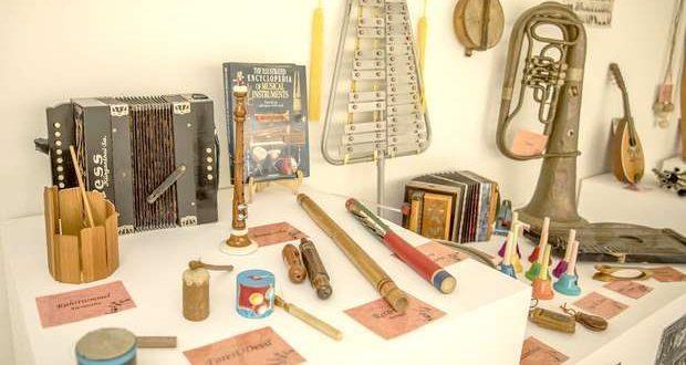 """Visita à exposição """"Instrumentos Música do Mundo"""""""